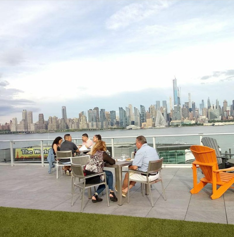 Best Outdoor Eatery in Weehawken Nj- Nohu Bar and Restaurant